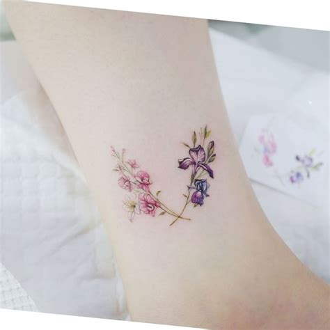 august flower tattoo best 25 gladiolus ideas on august