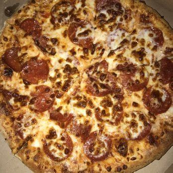 medium hand tossed pepperoni yelp domino s pizza 32 photos 315 reviews pizza 876