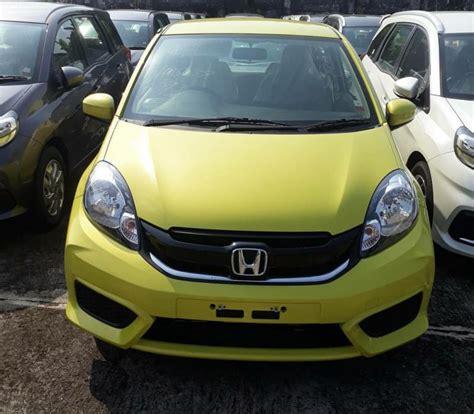 Kaos Honda Brio Kuning honda brio dapat warna baru mirip milik jazz majalah otomotif indonesia