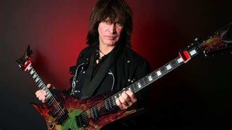eddie van halen guitarist nitro guitarist michael angelo batio pays tribute to eddie