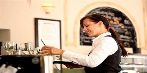 lavorare in germania come cameriere le ultime offerte di lavoro per camerieri in germania