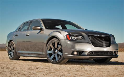 chrysler 300c srt 2012 chrysler 300 srt8 first test motor trend