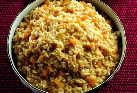 cucinare zucca gialla ricetta risotto alla zucca gialla la cucina italiana