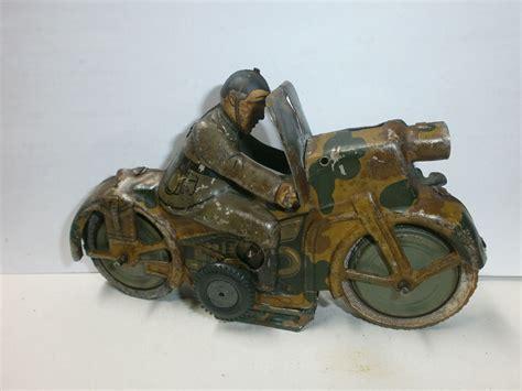 Altes Motorrad by Altes Arnold Blech Milit 228 R Motorrad Mit Soldat Kradmelder