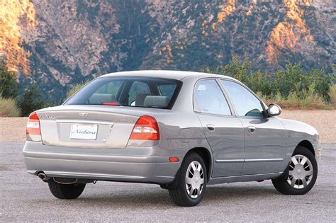 how to sell used cars 1999 daewoo nubira seat position control 1999 02 daewoo nubira consumer guide auto