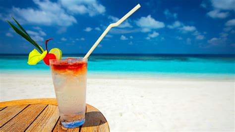 cocktail drinks on the beach tropical cocktail wallpaper 856588