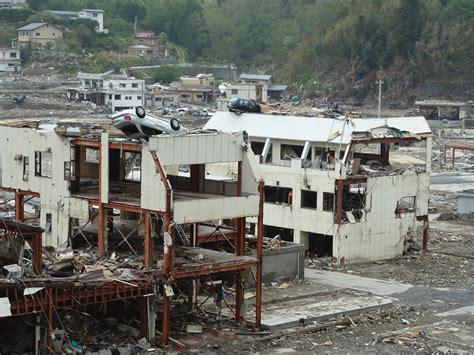 fotos tsunami de jap 243 n cuatro a 241 os despu 233 s galer 237 a de improving defence against earthquakes and tsunamis