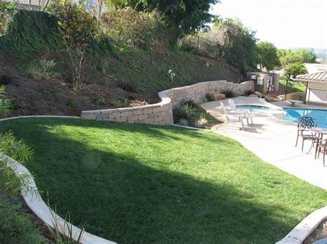 small sloped backyard ideas pin by kelly whitaker on backyard ideas pinterest