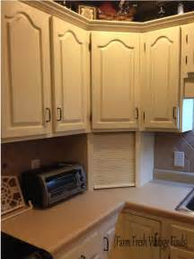 how to paint cabinets hometalk how to paint cabinets using annie sloan the reveal