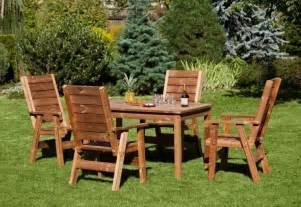 mobili per esterni in legno mobili giardino legno mobili da giardino mobili da