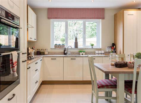 Kitchen Cambridge by The Cambridge Redrow