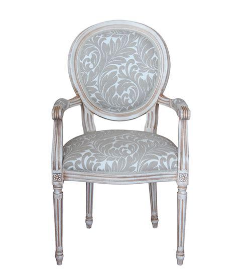 chaise louis 16 chaise louis xvi avec accoudoirs laqu 233 vieillie lamaisonplus