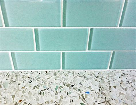 turquoise glass backsplash htons style family home for sale home bunch interior design ideas
