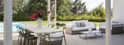 mobili per giardino vivereverde arredi per esterni 3d arredo giardino