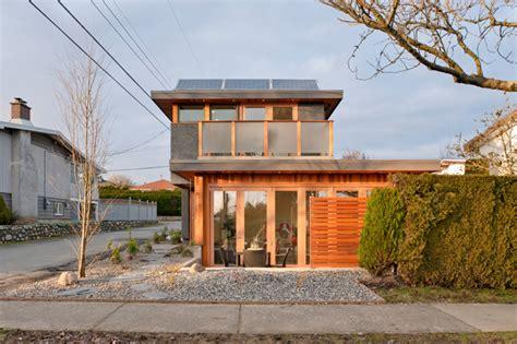 lanefab design build solar laneway house in vancouver