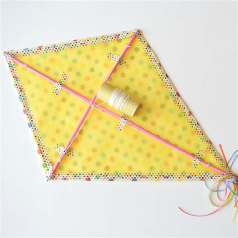 How To Make A Paper Kite - how to make a kite out of paper martha stewart