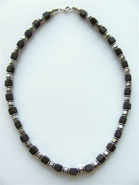 Two Tone Black Cube Surfer Beaded Necklace S