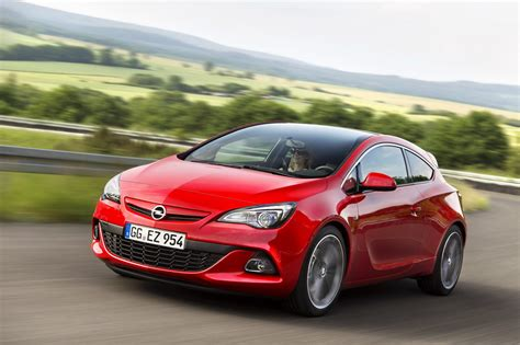 opel red riwal888 blog new opel astra j gtc wins red dot design