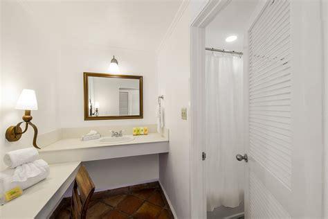 waterside bathrooms photo gallery pineapple beach club