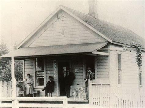 Lake Oswego Post Office by Stumptownblogger U S Post Office Lost 1 3 Billion In One