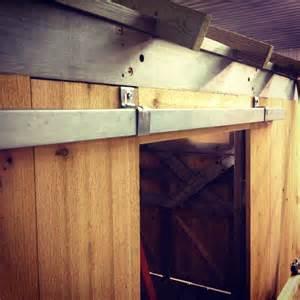 Sliding Barn Door Construction Building A Sliding Barn Door Mauledbydesign