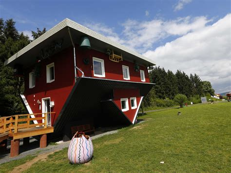 Inverted Living There S A House In Germany That Was Built Upside Down