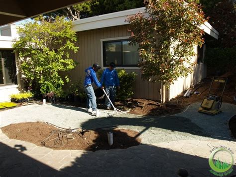 backyard bay artificial turf sod in a backyard of bay area north