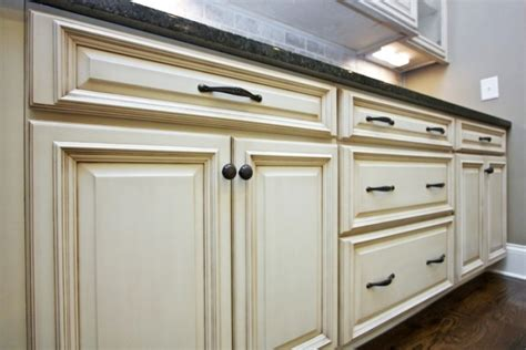 pick the right kitchen cabinet handles the rta store page 35 saving you money on kitchen cabinets