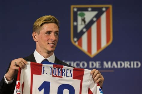 Fernando Torres Hairstyle by Fernando Torres Revives His 2002 Hairstyle For Official