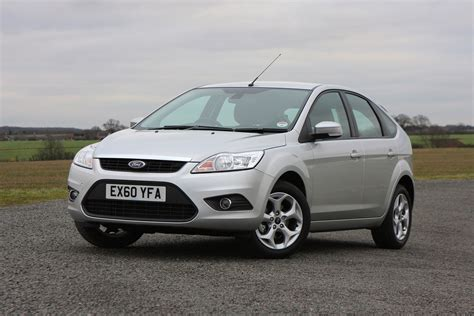 ford focus hatchback    parkers