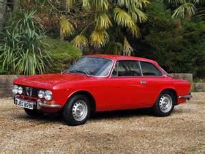 Alfa Romeo 105 Alfa Romeo 2000 Gt Veloce Uk Spec 105 1971 76