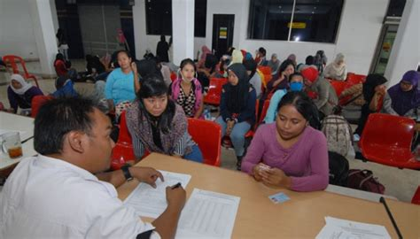 citilink indonesia head office indonesian migrant worker has highest salary official