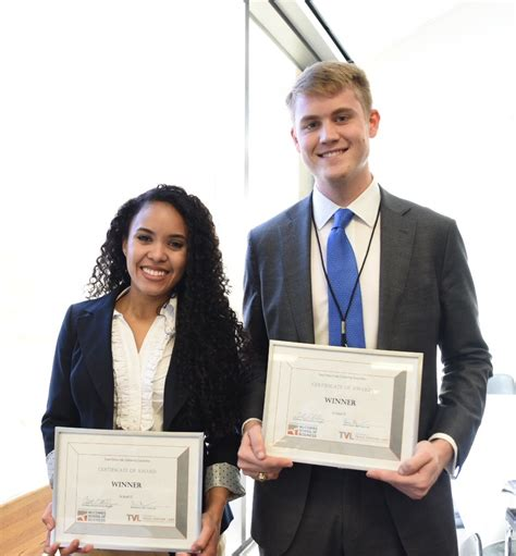 Angelise Hadley | two entrepreneurs win startup scholarships to texas mba