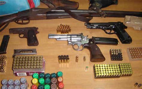 armi fatte in casa vobarno in casa ha un armeria arrestato quibrescia