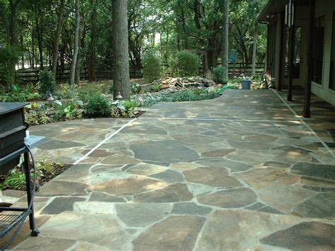 backyard flagstone laying a flagstone patio tips how to build a house