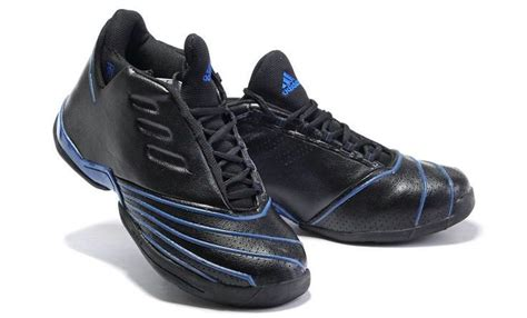 cool looking basketball shoes top 7 coolest basketball shoes 2018 sportyseven