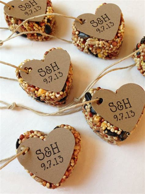 Winter Wedding Favors by A Dozen Winter Wedding Favor Ideas