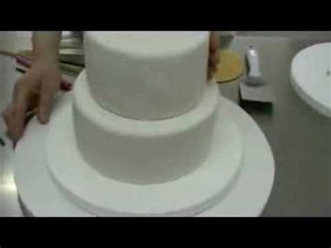 como decorar un pastel de un kilo c 243 mo hacer una tarta de fondant de dos pisos como montar