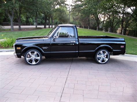 1969 CHEVROLET C 10 CUSTOM PICKUP   174631