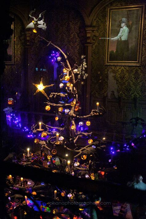 christmas haunted house 91 best images about haunted mansion holiday on pinterest nightmare before christmas