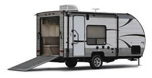 Front Kitchen Rv Floor Plans grey wolf toy haulers 19rr 25rr 26rr 27rr