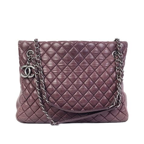 Tas Chanel Promo Duffle chanel iridescent calfskin new quilt small tote purple luxity