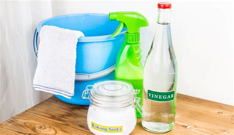 bathtub cleaning solution homemade cleaning solutions for the bathroom ltd commodities