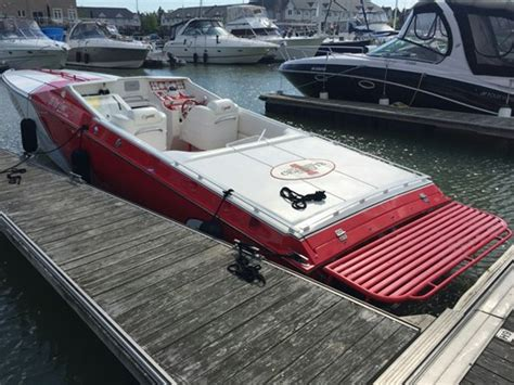 cigarette boat for sale ontario cigarette 35 top gun limited edition 2000 used boat for