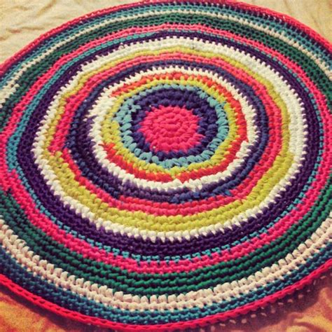 t shirt rug crochet look what ive made projects crochet crocheted t