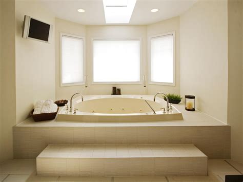 Bathtub Designs Bathrooms With Luxury Features Bathroom Design Choose Floor Plan Bath Remodeling Materials