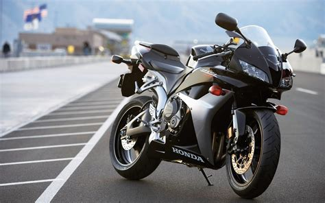 cbr bike image honda cbr600rr white image 26