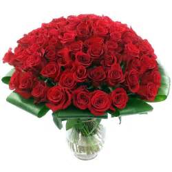 100 Red Roses 100 Red Roses Flower Delivery In The Uk By Clare Florist