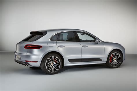 2017 porsche macan turbo 2017 porsche macan turbo with performance package boasts