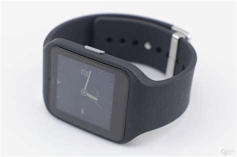 Sony Smartwatch 1 sony smartwatch 3 bild 1 18 computerbase